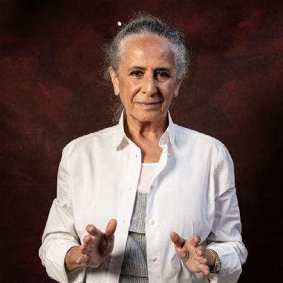 Maria Bethânia louva o velho Chico com fé na pátria brasileirinha que banha o single 'Lapa santa'