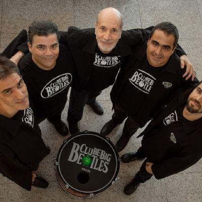 Banda capixaba Clube Big Beatles lança gravação com baterista original do grupo inglês, Pete Best