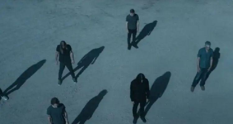 Foo Fighters lança clipe emocionante para