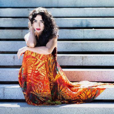 Marisa Monte abre parcerias com Marcelo Camelo e Flor de Maria, filha de Seu Jorge, no álbum 'Portas'