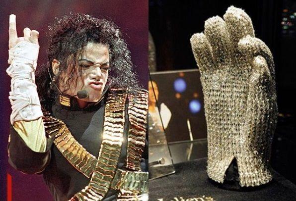 Luvas de Michael Jackson vão ajudar a pagar por vacinas contra Covid em Guiné Equatorial