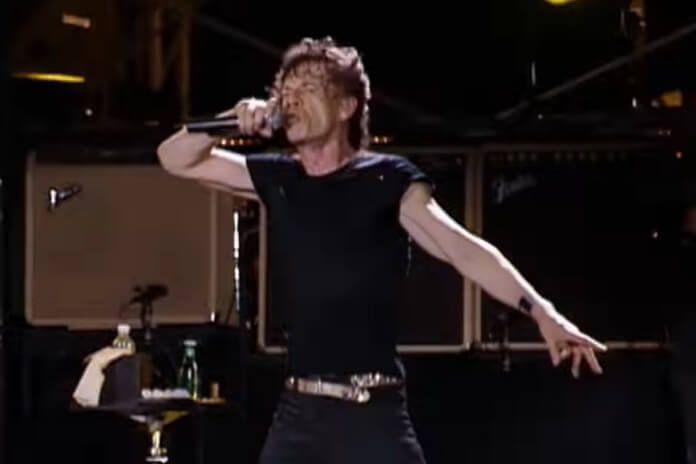 """Rolling Stones libera performance de """"Brown Sugar"""" no lendário show em Copacabana"""